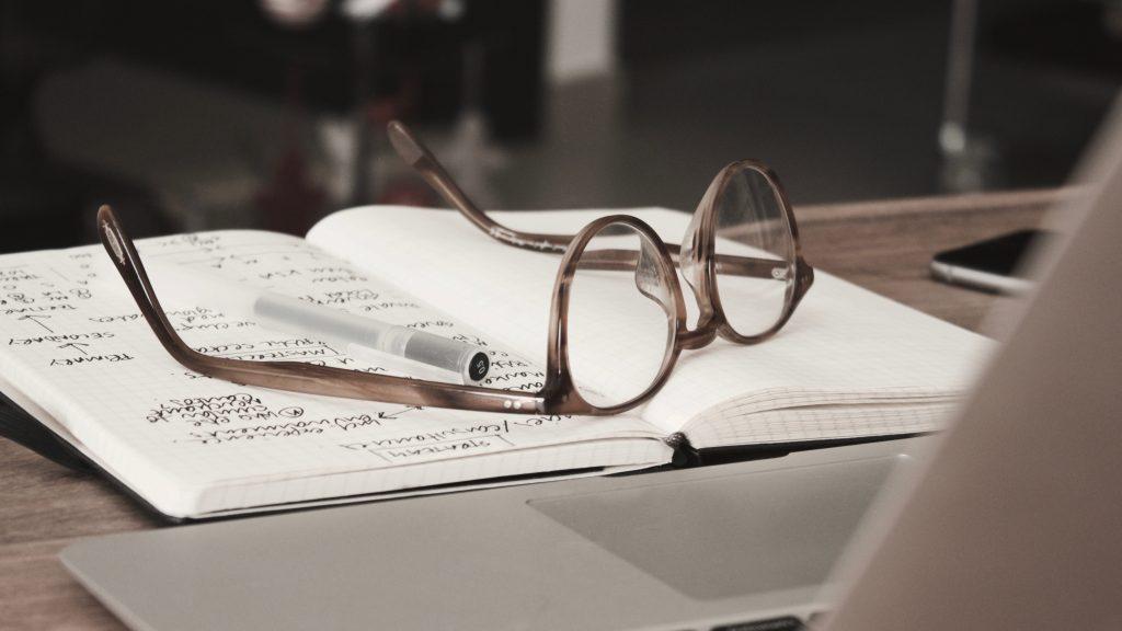 notes-et-lunettes